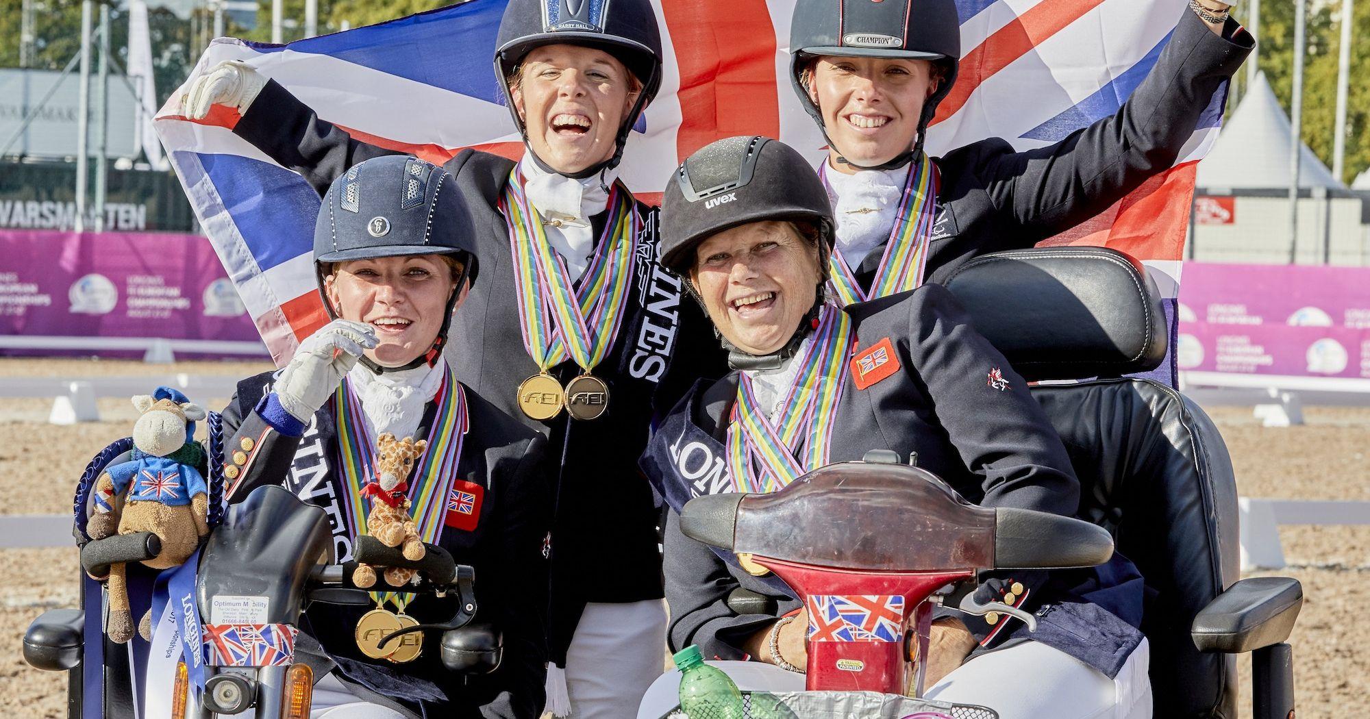 Marea Britanie- Performanță la Para Dresaj